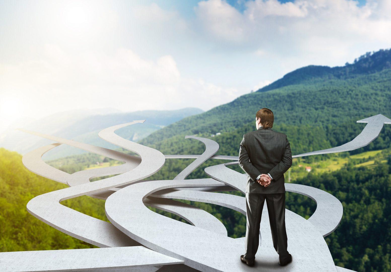 http://stepsoft.info/wp-content/uploads/2019/08/Businessman-choosing-his-way.jpg