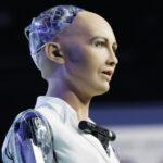 София - самый умный робот в мире, который восхищается красотой природы