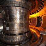 Начались работы по созданию самого мощного в истории термоядерного реактора. Он будет в 10 раз горячее ядра солнца