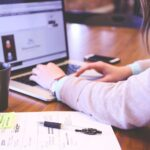 Плюсы и минусы онлайн-консультаций